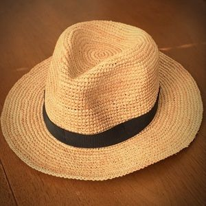 J Crew packable straw hat with black band